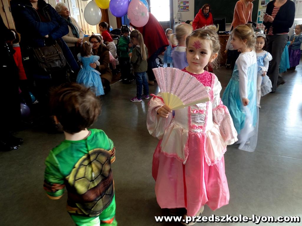 ecole-maternelle-polonaise-carnaval-2016-2017_104