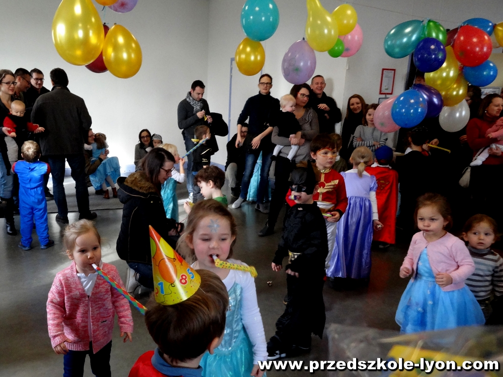 ecole-maternelle-polonaise-carnaval-2016-2017_132