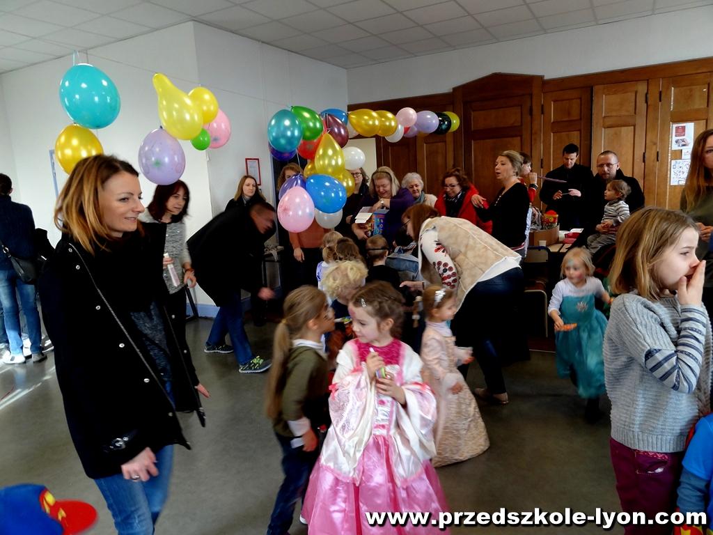 ecole-maternelle-polonaise-carnaval-2016-2017_136