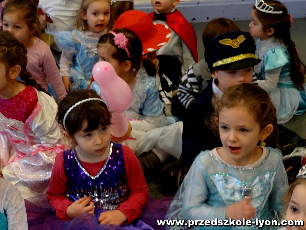 ecole-maternelle-polonaise-carnaval-2016-2017_35