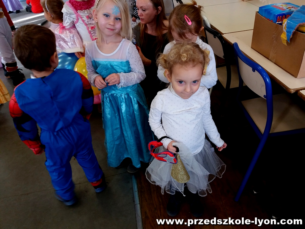 ecole-maternelle-polonaise-carnaval-2016-2017_43