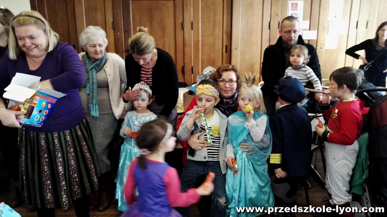 ecole-maternelle-polonaise-carnaval-2016-2017_48