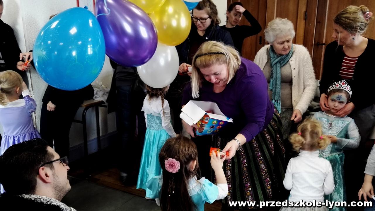 ecole-maternelle-polonaise-carnaval-2016-2017_49