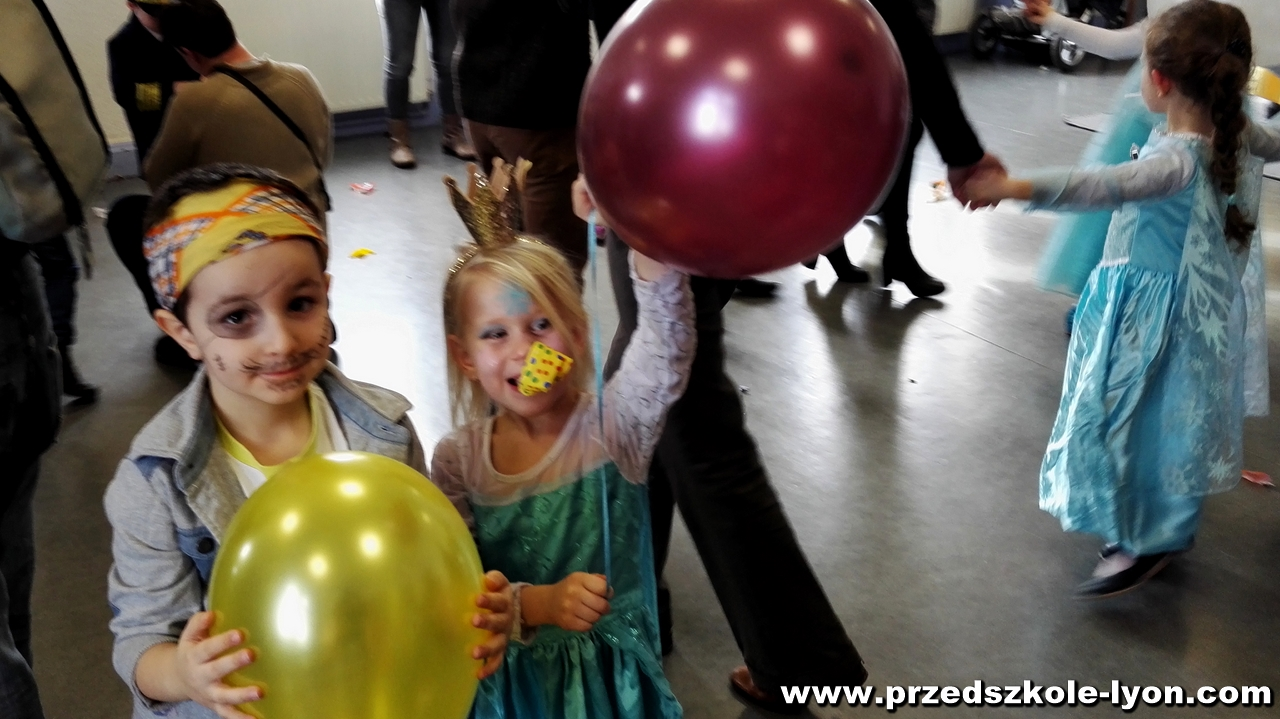 ecole-maternelle-polonaise-carnaval-2016-2017_63