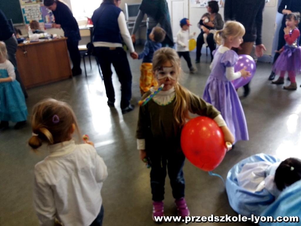 ecole-maternelle-polonaise-carnaval-2016-2017_68