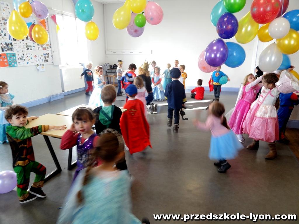 ecole-maternelle-polonaise-carnaval-2016-2017_72