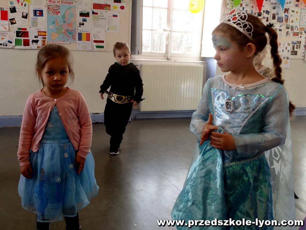 ecole-maternelle-polonaise-carnaval-2016-2017_86